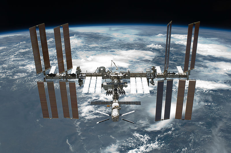 عکس-کاور-ایستگاه-فضایی-بین-المللی
