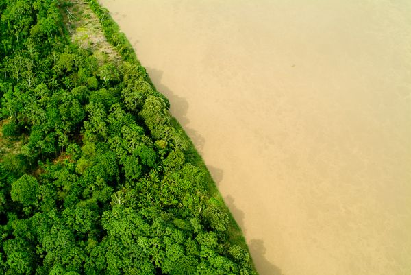 Cover-new-7-wonders-nature-amazon-river-basin