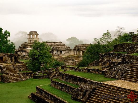 lost-city-palenque-mexico