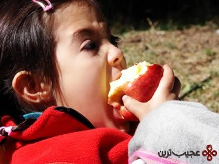 آلرژی خوردن سیب
