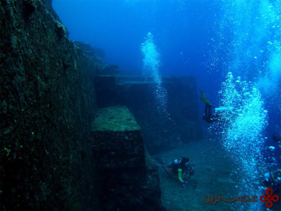 خرابه ای زیر آب (1)