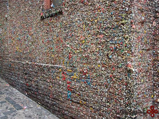 دیوار آدامسی (6)