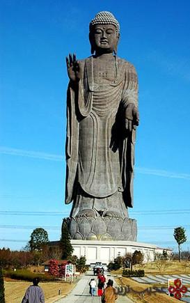 مجسمه بودای آمیدا