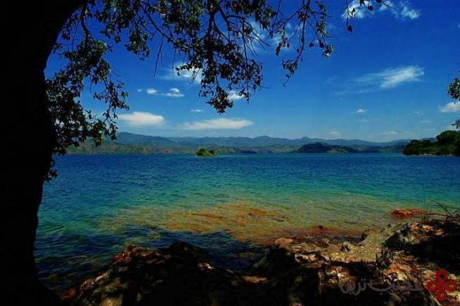 ۳ دریاچه کیوو