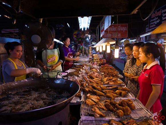 chiang mai ton payom market