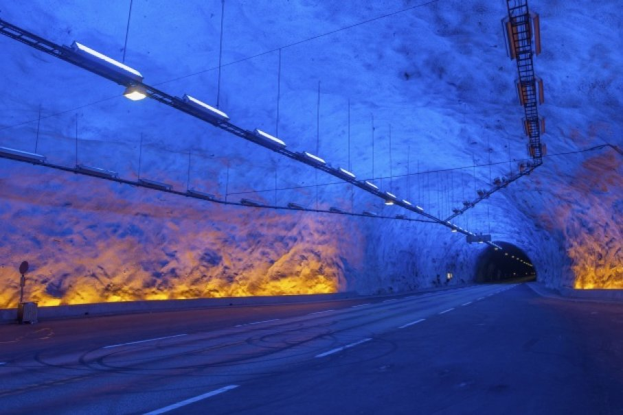 cover laerdal tunnel