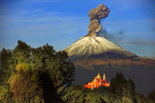 cover popocatepetl volcano mexico