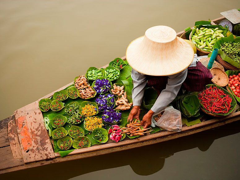 cover bangkok floating market
