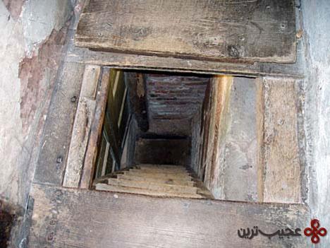 hidden-rooms-priest-hole