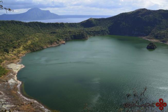 دریاچهی تال