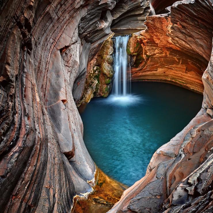 عکس کاور پارک ملی کاریجینی
