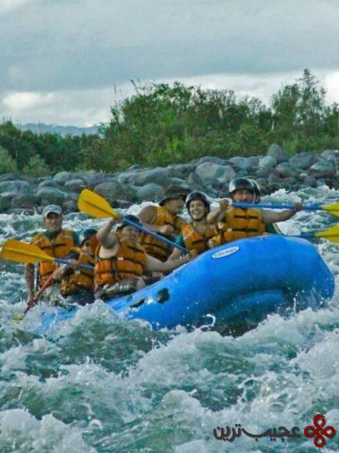 قایق سواری در آبهای خروشان ریو اوپانو، اکوادر