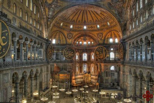مسجد سلطان احمد یا مسجد آبی و ایاصوفیه، استانبول، ترکیه۱