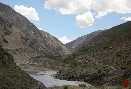 ۸ این دره بسیار بزرگ است اما به این معنا نیست که گرند کنیون طولانیترین و عمیقترین دره جهان است