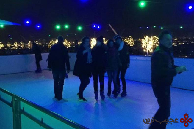 you can ice skate on a roof in rembrandtpark