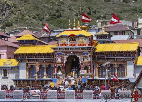 15 badrinath temple