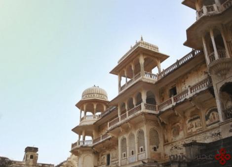 18 galtaji temple