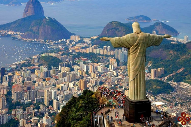تندیس christ the redeemer برزیل
