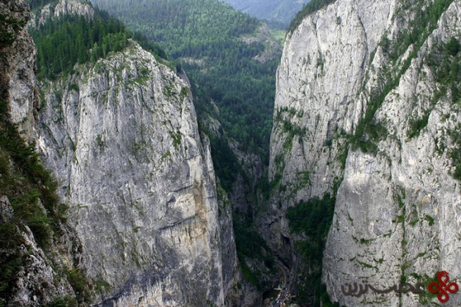 درهی بیکاز، شمال شرقی رومانی