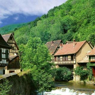 عکس کاور 10 جاذبه گردشگری زیبای سوئیس