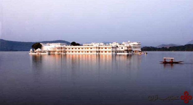 قصر دریاچه