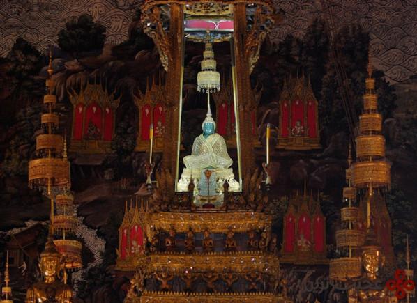 معبد زمرد بودا