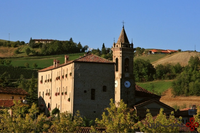 کاستلو دی سینیو (castello di sinio)، سینیو، ایتالیا