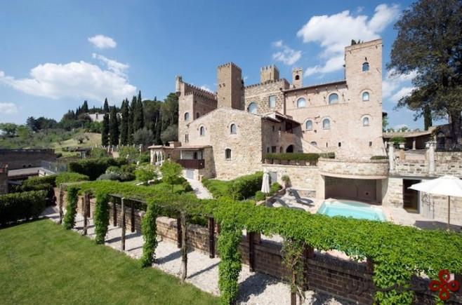 کاستلو دی مونترونه (castello di monterone)، پروجا (perugia)، ایتالیا