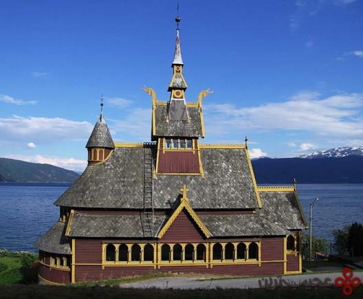یخبسته (frozen)، کلیسای سنت اولاف (st olaf's church)، بالستِراند (balestrand)، نروژ2