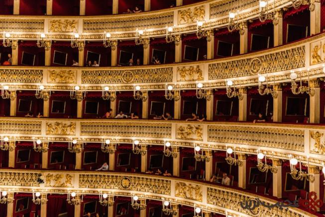6سالن تئاتر دی سان کارلو