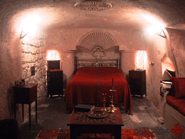 cave hotel2