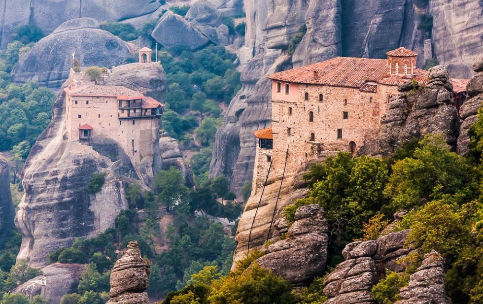 cover top 10 monasteries