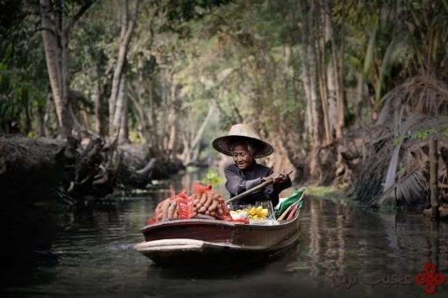 floating market by vichaya pop 740x492