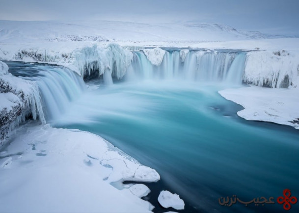 godafoss photo by joshua holko 740x529