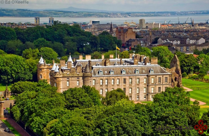 holyroodhouse photo by ed o'keeffe