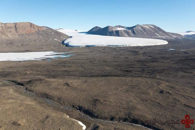 mcmurdo dry valleys, antarctica