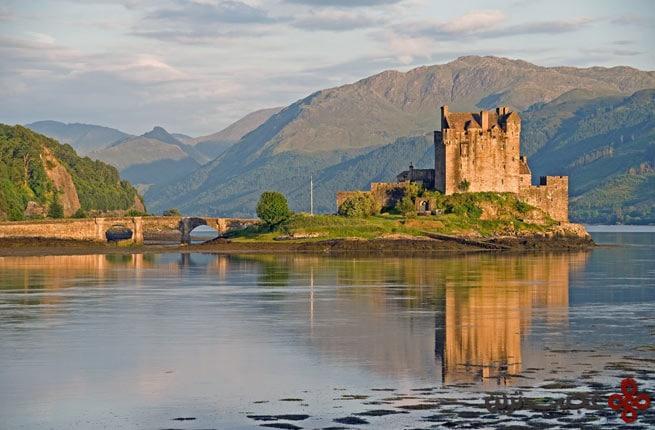 eilean donan castle and loch duich, scotland