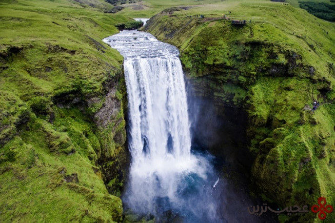 skógafoss photo by jakub polomski2 740x493