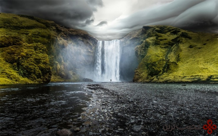 skógafoss photo by robin kamp 740x463