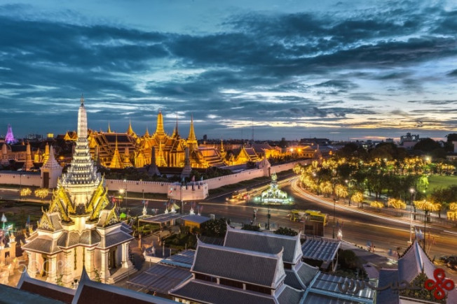 the grand palace by jassada wattanaungoon 740x494