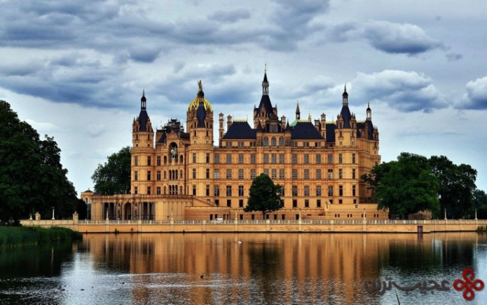 top german castles schwerin2 740x463