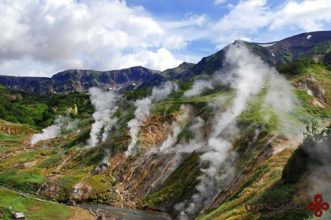 valley of geysers russia85