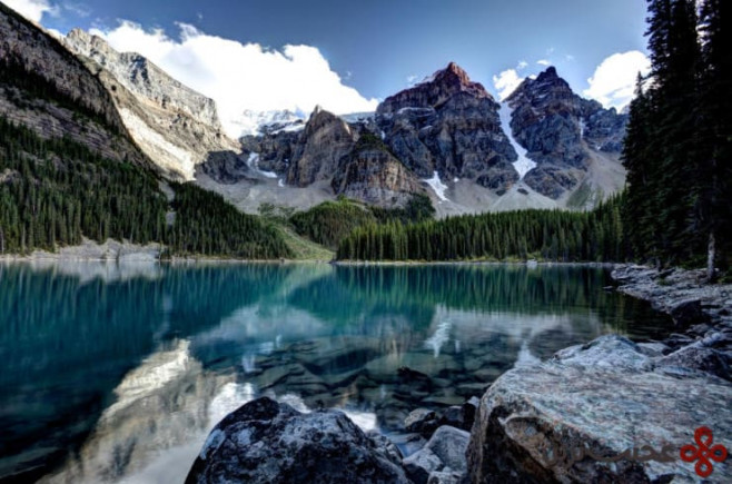 valley of the ten peaks, alberta, canada3