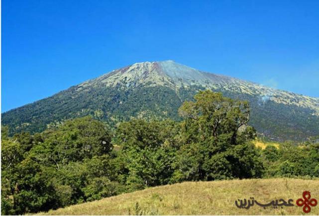 آتشفشان رینجانی، اندونزی