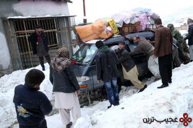 ۴ بهمن افغانستان، ولایت پنجشیر، افغانستان، فوریه ۲۰۱۵ (۳۱۰ کشته)