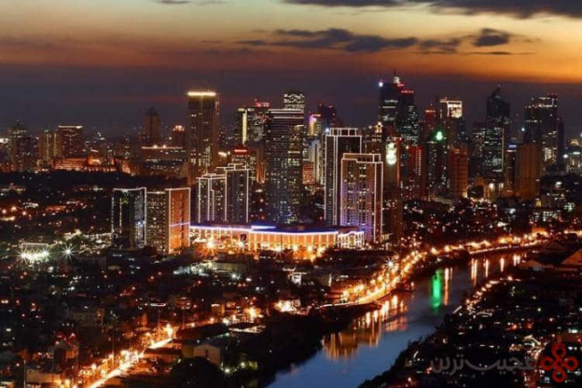 ۸ مانیل، فیلیپین