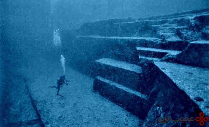 یادبود باستانی زیر آب