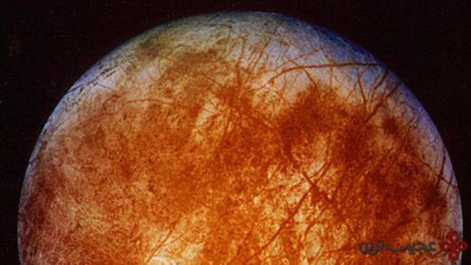 آثار گوگرد (sulphur) بر سطح اروپا (europa)، ماه مشتری (jupiter's moon)