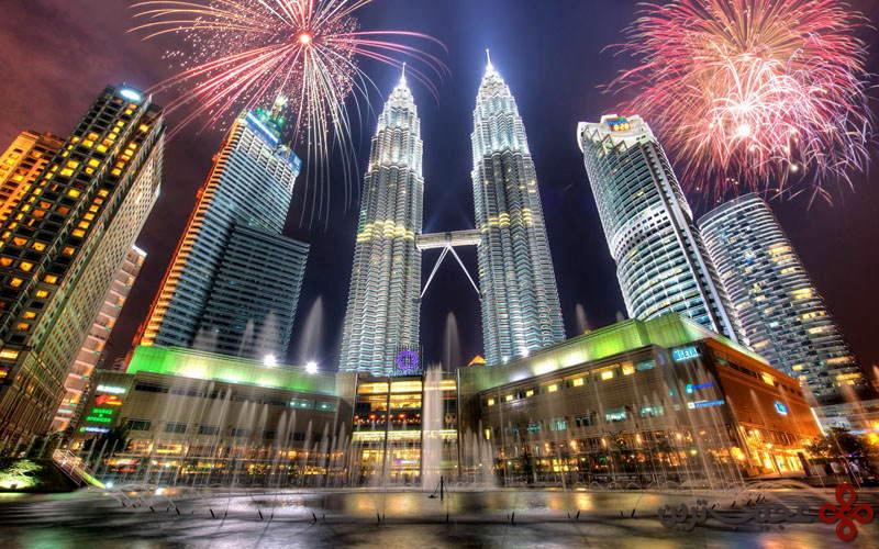 برج های دوقلوی پترانوس، کوالالامپور، مالزی ۲