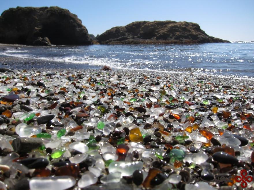 ساحل شیشهای در کالیفرنیا ۱